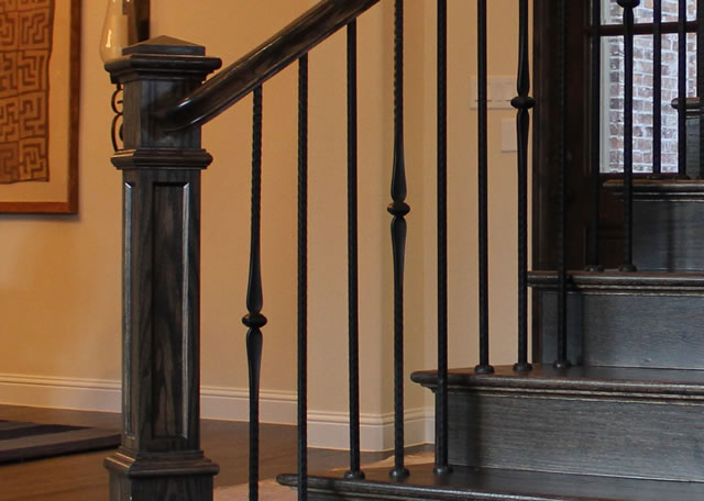 wood steps and metal balusters